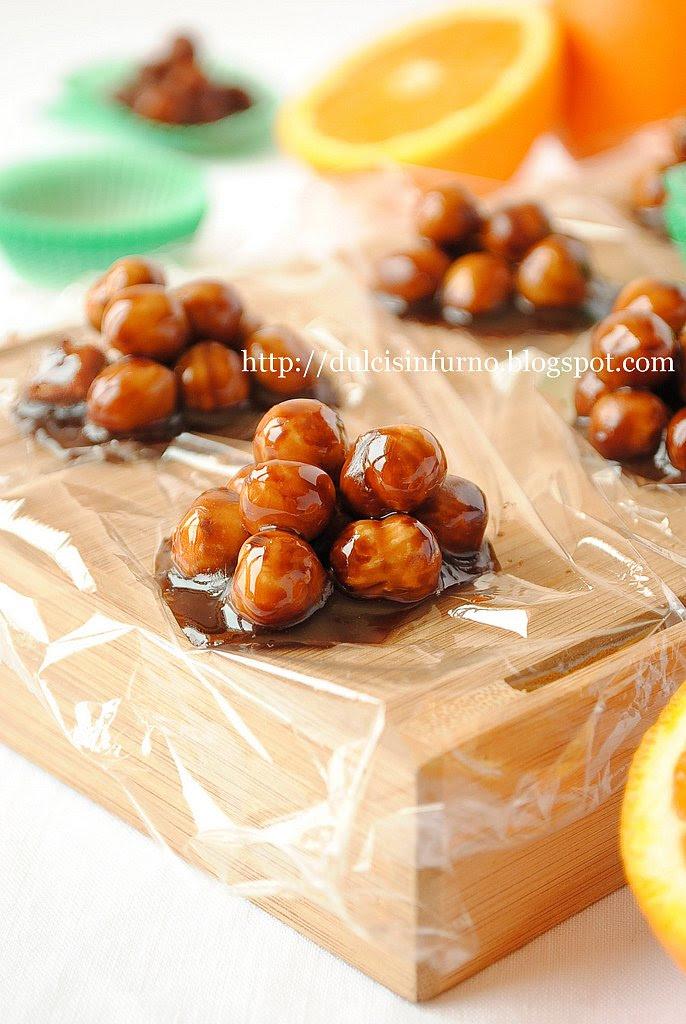 Pasticcini Croccanti con  Nocciole e Nutella-Crunchy Pastries with Hazelnuts and Nutella