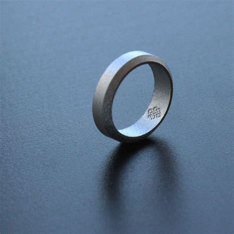 silver silicone wedding ring stay safe stay stylish