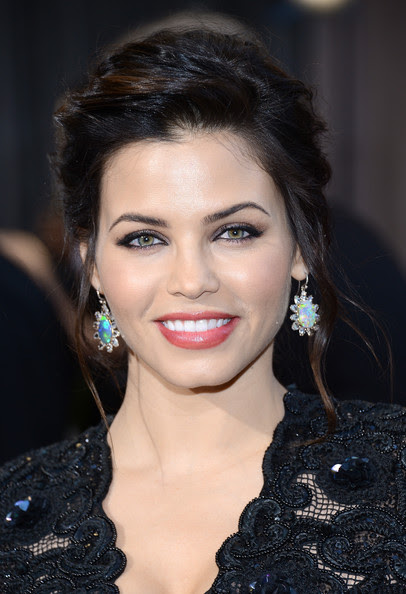 Actress Jenna Dewan arrive at the Oscars at Hollywood & Highland Center on February 24, 2013 in Hollywood, California.