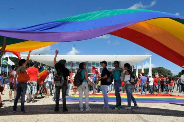 Diário Oficial garante que alunos podem usar banheiro da escola conforme orientação sexual Antônio Cruz/Agência Brasil