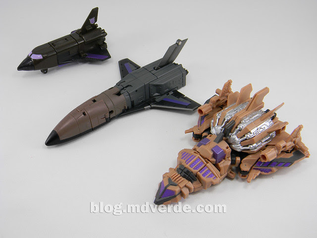 Transformers Blast Off Generations Fall of Cybertron - SDCC Exclusive - modo alterno vs G1 vs FansProject