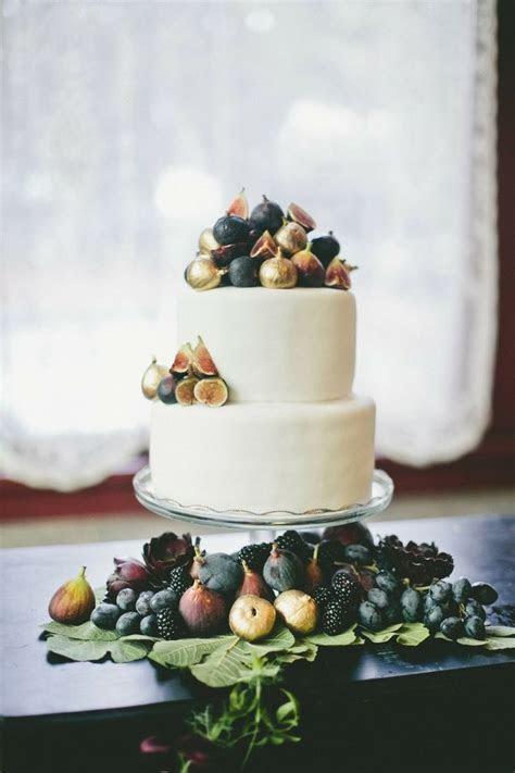 Metallic Wedding Cakes   Bridal Musings Wedding Blog