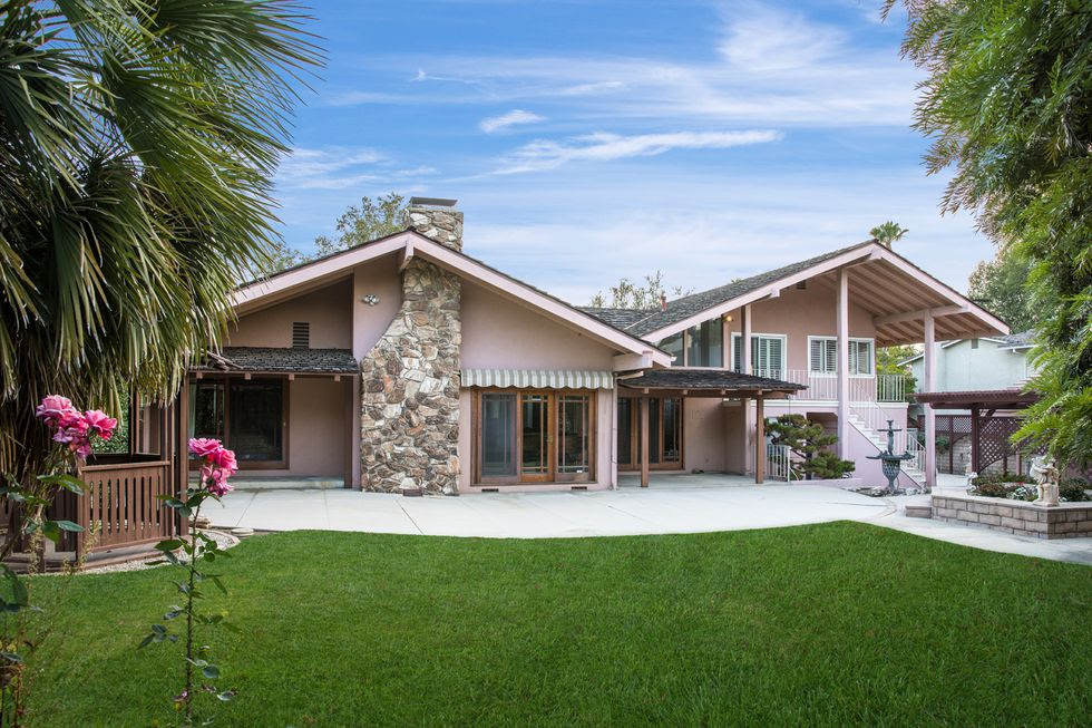 brady-bunch-house-for-sale-9-1532116552