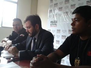 Delegado afirma que rapaz é líder do tráfico nos Bairros Morrinhos e Dr. João Alves (Foto: Michelly Oda / G1)