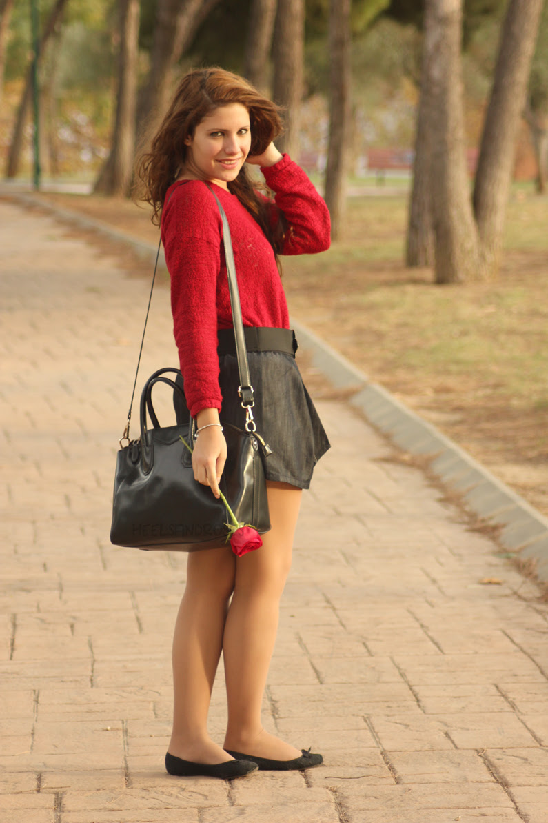 HeelsandRoses-jersey-burgundy-con-falda-vaquera-(3)