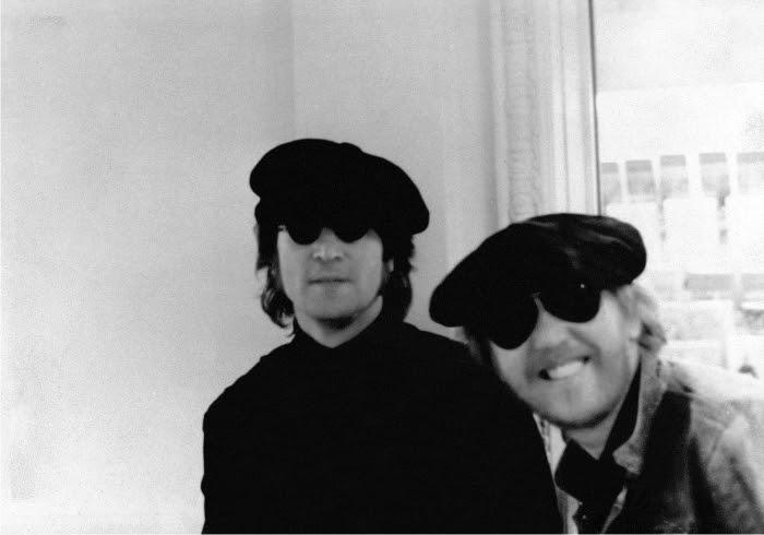 John Lennon y Harry Nilsson. Foto cortesía de The Estate of Harry Nilsson.