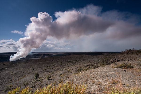 plume over Kilaeua Caldera, Halema'uma'u Crater
