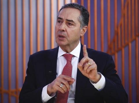 Ministros do TSE discutem adiar eleições para fim do ano, mas descartam prorrogar mandatos