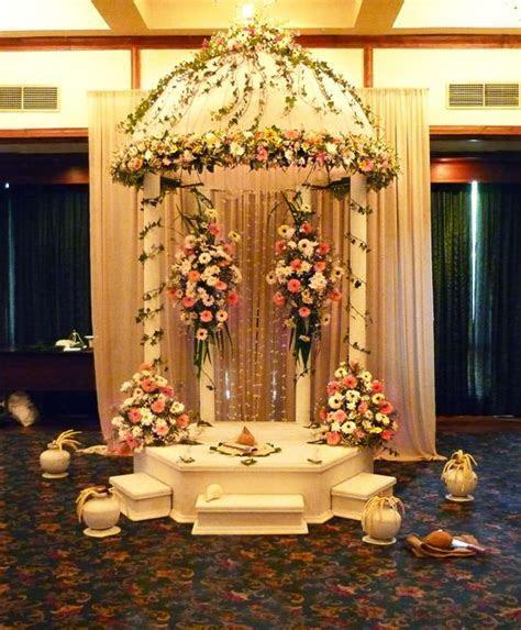 The 17 best Poruwa images on Pinterest   Bridal bouquets