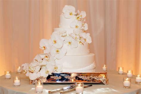 Seafoam & Ivory Hued Oceanfront Wedding in Laguna Beach