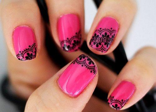 Unhas Decoradas 2015 rosa com flores pretas
