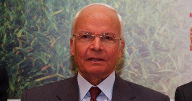 الدكتور حسن يونس وزير الكهرباء