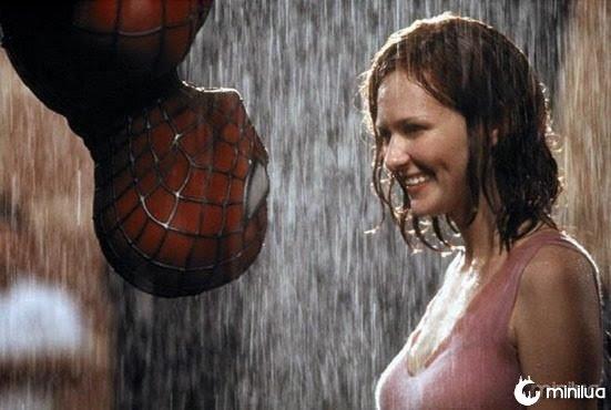 Kirsten-Dunst-as-Mary-Jane-in-2002-spider-man