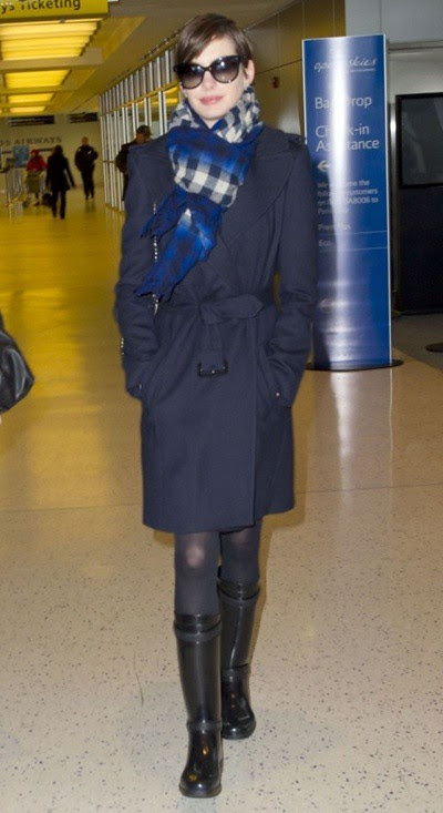 6 Anne Hathaway wearing Burberry arriving at JFK Airport in NYC 7.3.13