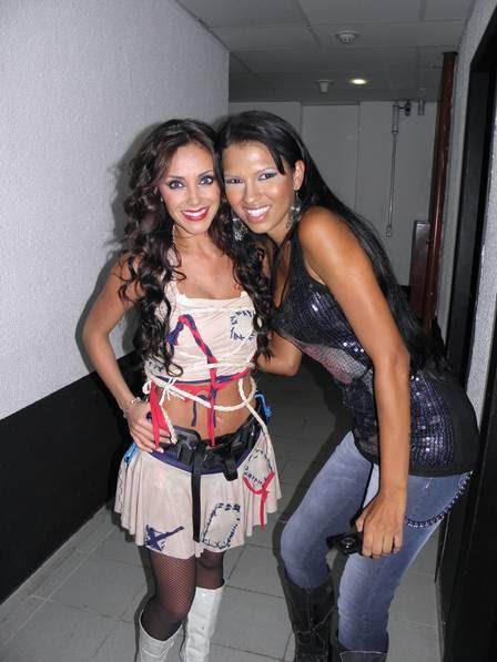 Ariadna e a cantora mexicana Anahí