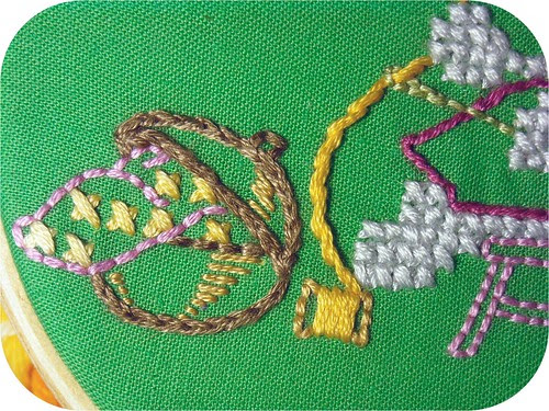sewing kitty embroidery