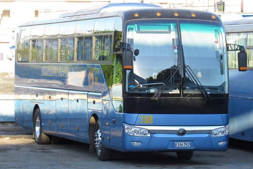 1207-omnibus-cuba.jpg