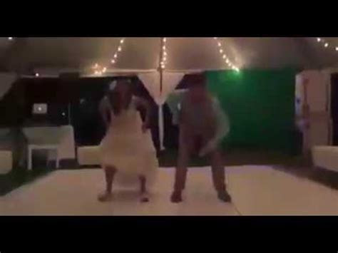 Best Zimbabwe Wedding dance Ever.   YouTube