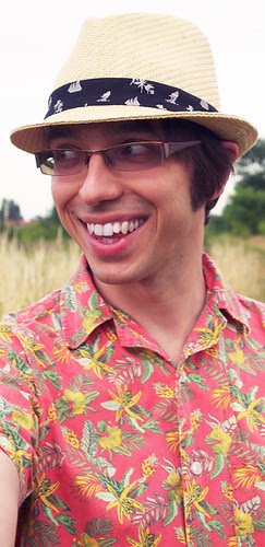 pan Marchewka, koszula, Cejrowski, WCCollection, wzór hawajski, kapelusz słomkowy, New Yorker