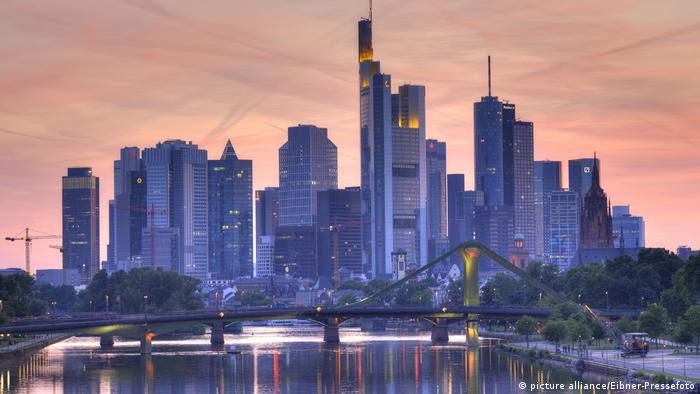 Deutschland Frankfurt - Skyline (picture alliance/Eibner-Pressefoto)