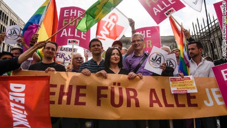 Risultati immagini per GAY MARRIAGE GERMANY