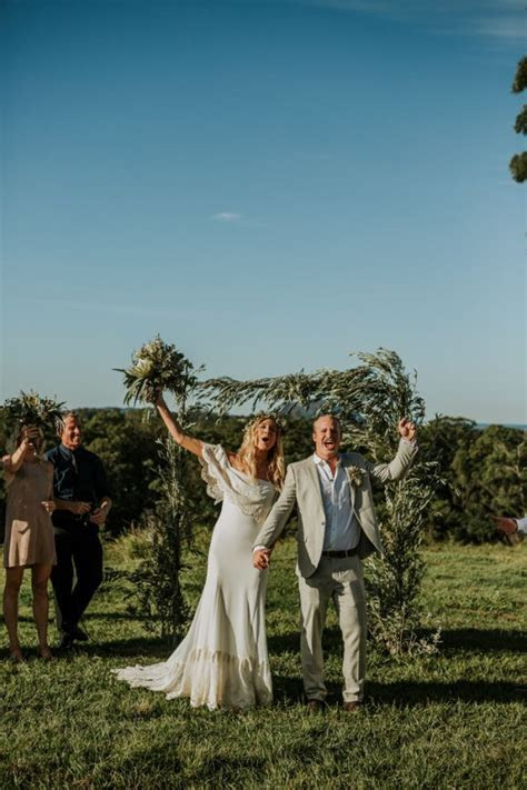 This Obi Obi Hall Wedding is Cool Casual Styling at Its