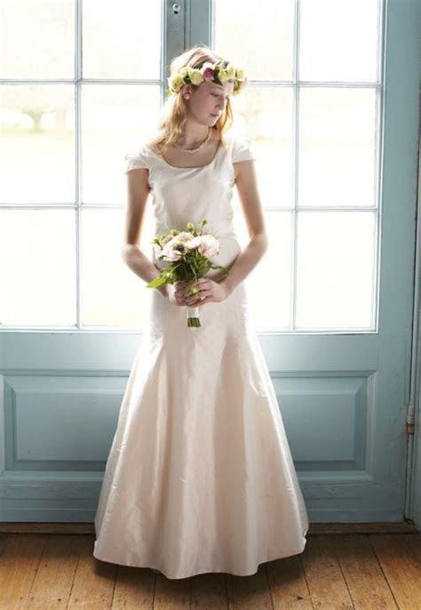 boy forced to wear wedding dress   Stuff to Buy