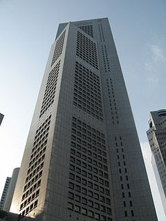 http://upload.wikimedia.org/wikipedia/commons/thumb/6/6a/OUB_Centre.JPG/240px-OUB_Centre.JPG