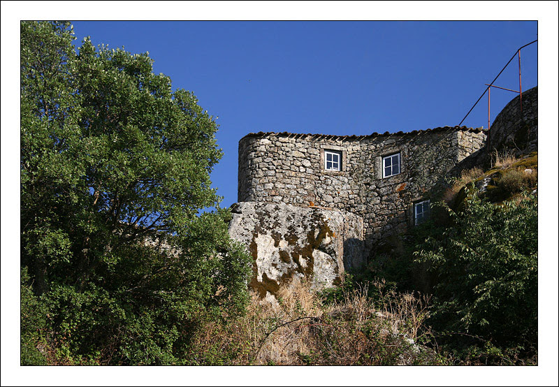 Architecture in Monsanto - Monsanto, Castelo Branco