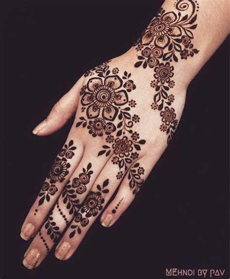 Streak Simple Bridal Mehndi Designs   Simple Bridal Mehndi