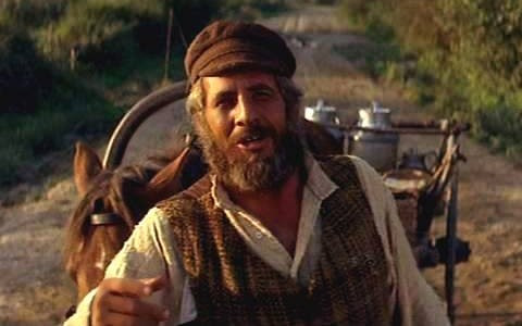 fiddler-on-the-roof-image-1