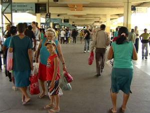 Terminal estava lotado quando houve a confusão. Foto: Reprodução TV Gazeta
