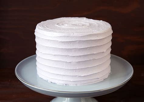 Cake It Pretty: Easy Textured Buttercream Cakes ? Style