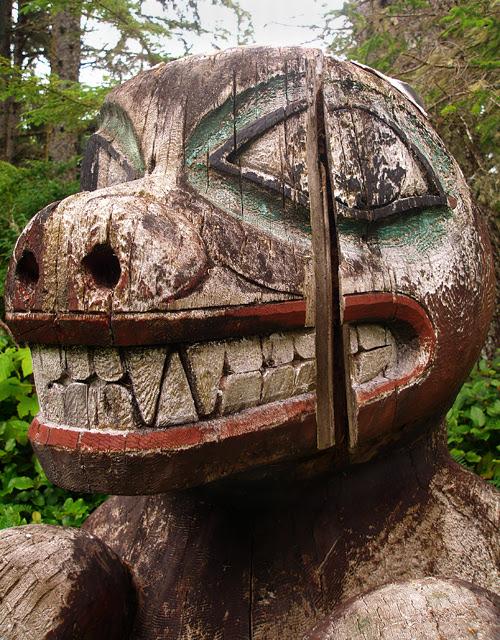 Bear Memorial Totem, Kasaan Totem Park