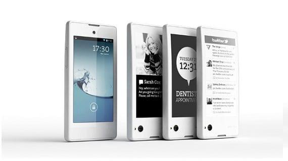 yotaphone 01 El smartphone ruso Yotaphone con dos pantallas ya está disponible