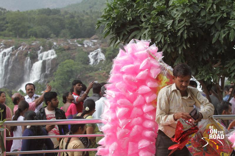 The cotton candy seller at Barachukki Falls, Karnataka