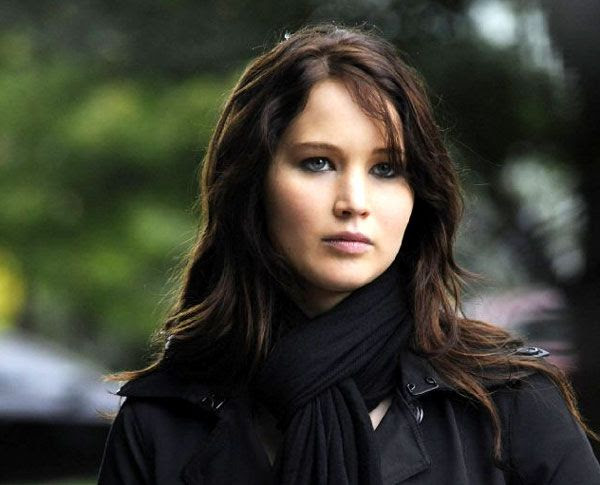 2013 Best Actress winner Jennifer Lawrence plays Tiffany in SILVER LININGS PLAYBOOK.