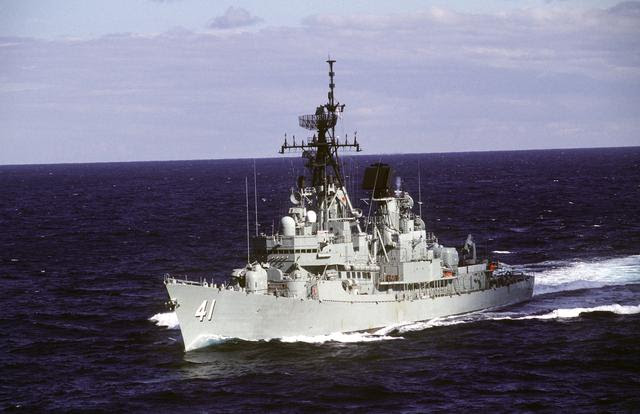 http://upload.wikimedia.org/wikipedia/commons/d/d4/HMAS_Brisbane.jpg