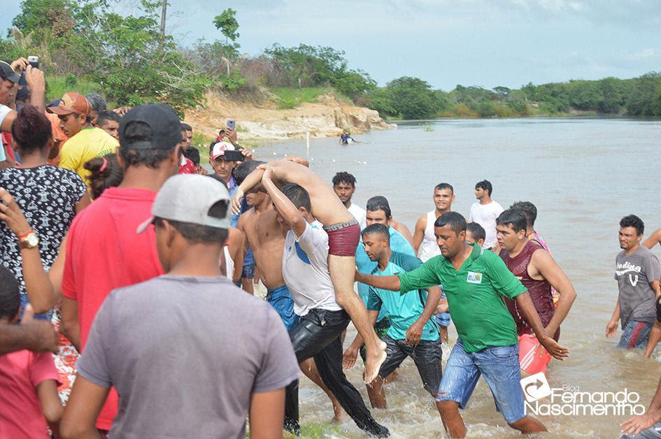 URGENTE: Após algumas horas o corpo foi encontrado próximo ao local do afogamento