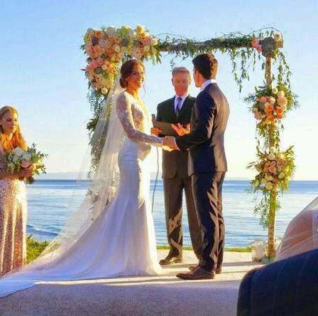 Alex Morgan se casou dia 31 de outubro