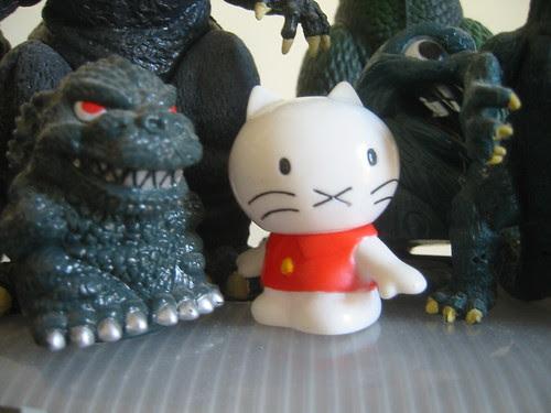 Musti with SD Godzilla!
