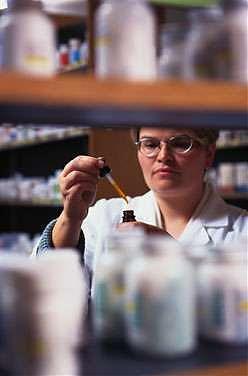 """<B>Scoperto il """"segreto"""" della morfina<br>""""Così agisce sui neuroni del piacere""""</B>"""