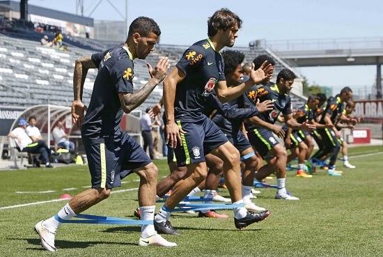 Seleção Brasileira enfrenta Panamá em amistoso neste domingo