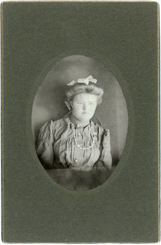 Young girl with bow