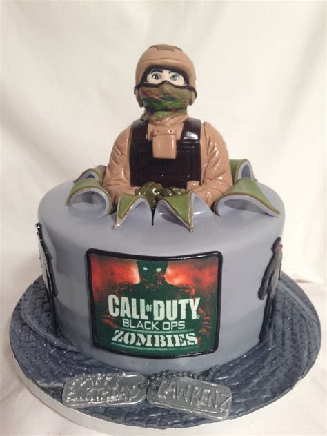 Call of Duty 3D Fondant Cake   A Sweet Design