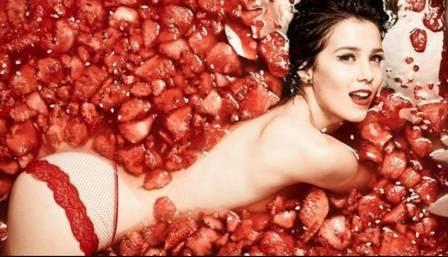 Marjorie Estiano encarou uma piscina de melancia para clique de Marcelo Faustini