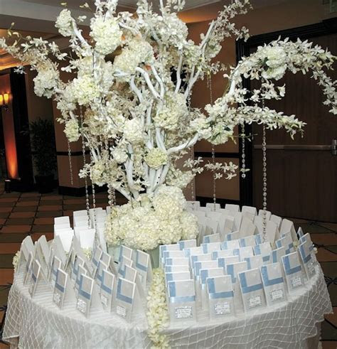 25  best images about Winter wedding seating plans on