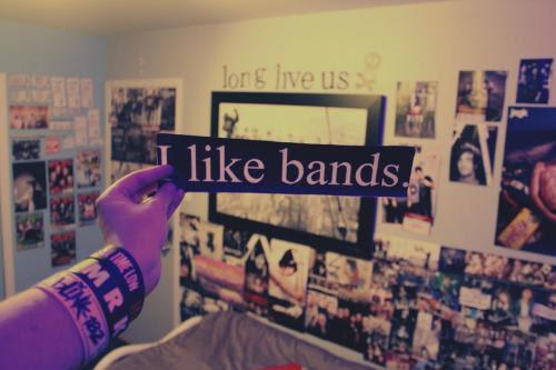 room bedroom bands walls collidewithjalex •