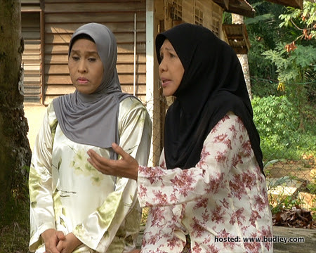Kartina Aziz dan Normah Damanhuri dalam Nur Iman