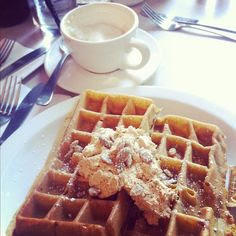au-urora:    Heaven in a meal: Pumpkin Spice Waffles